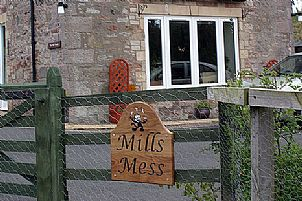 Mills Mess - House Signs